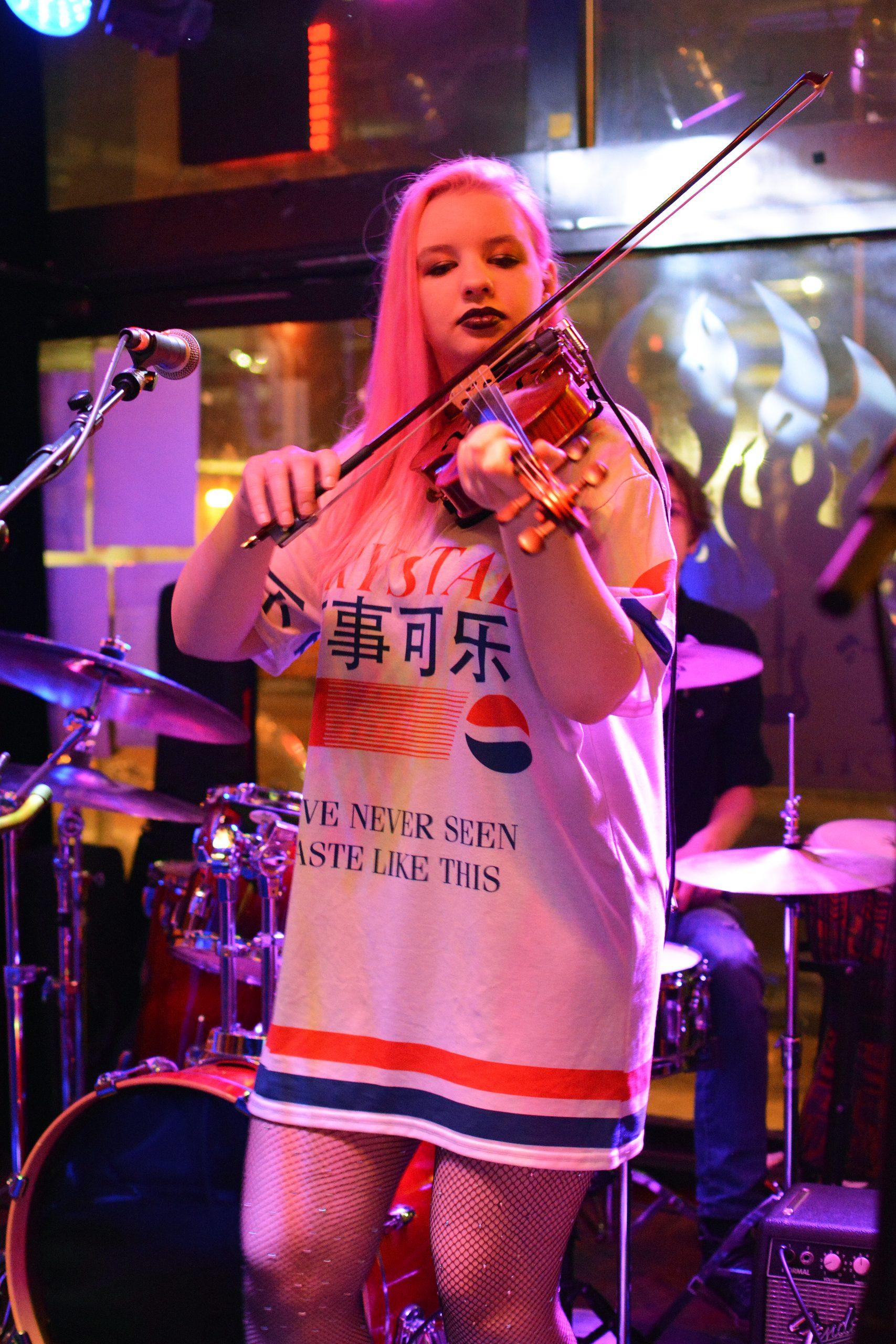 Emma Bird plays the fiddle